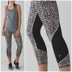 Lululemon Pace Revival Crop Mesh Ace Spot Grain